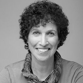 Sondra Kornblatt Headshot