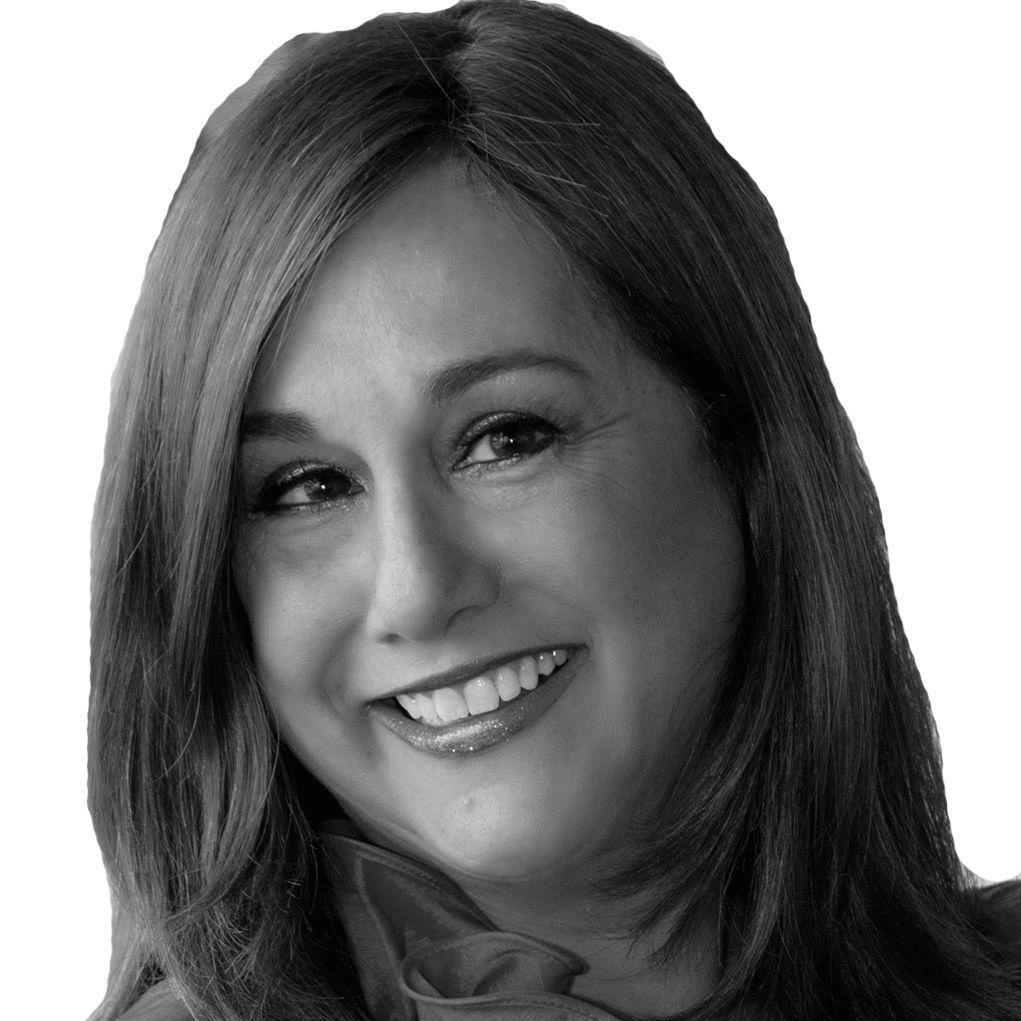 Sonia Taitz Headshot