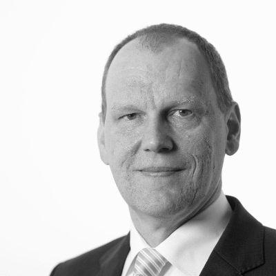 Stefan Bielmeier Headshot
