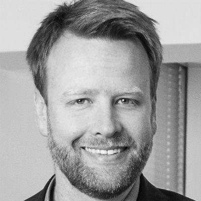 Stefan Huber Headshot