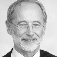 Prof. Dr. Dr. Stefan Jähnichen Headshot