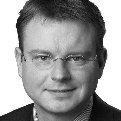 Prof. Dr. Stefan Kooths Headshot