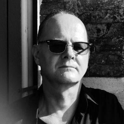 Stefan Oehm Headshot