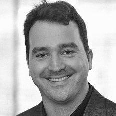 Dr. Stephan Humer  Headshot