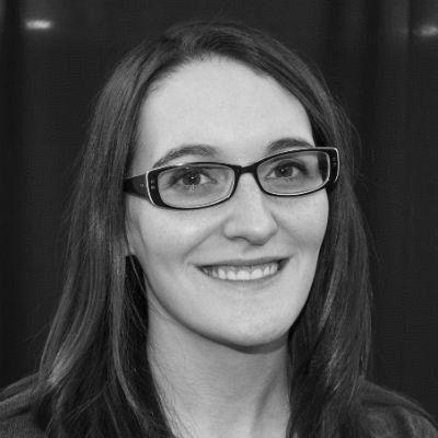 Stephanie Schroeder Headshot