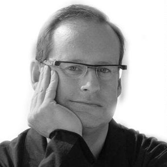 Steve McKenzie Headshot