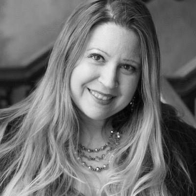 Susan J. Demas Headshot