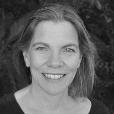Susan Kaiser Greenland Headshot