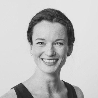 Susan Salzbrenner Headshot