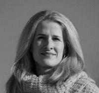 Susanne Hilzinger Headshot