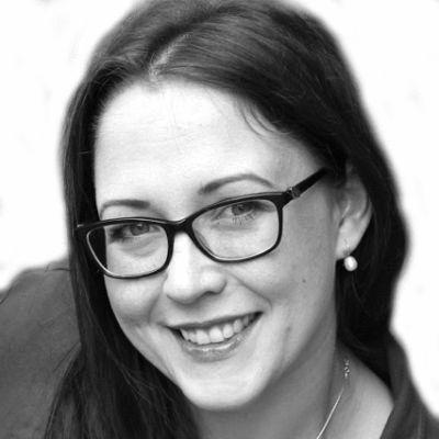 Susanne Mierau Headshot