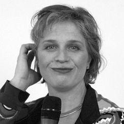 Susanne Wendel Headshot