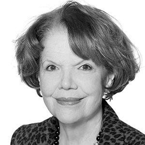 Suzanne Lamarre Headshot