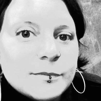 Sylvia Oldenburg Headshot