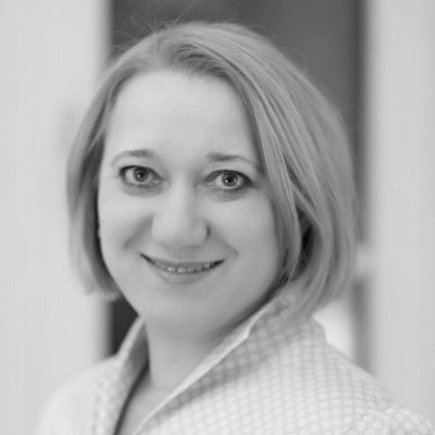Tatjana Högemann Headshot