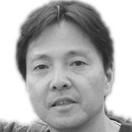 吉田典生 Headshot