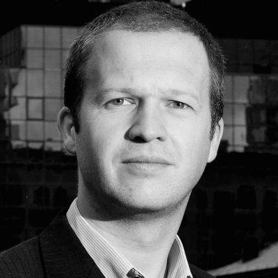 Thomas Buus Madsen Headshot