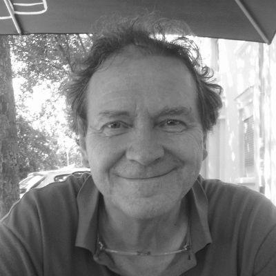 Prof. Dr. Thomas Zwenger Headshot