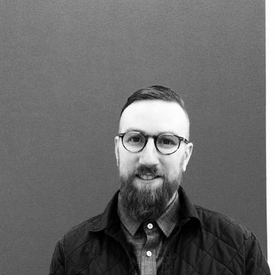 Tim MacLeod Headshot