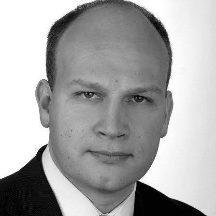 Timm Kloevekorn Headshot