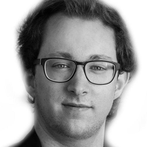 Tobias Fülbeck  Headshot