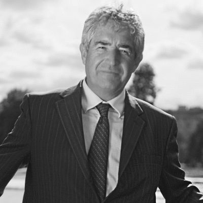 Tony Juniper Headshot