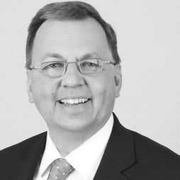 Dr. Ulrich Goldschmidt Headshot