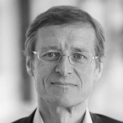 Prof. Dr. med. Ulrich Hegerl Headshot