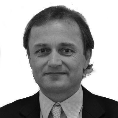 Ulrich Schuh Headshot