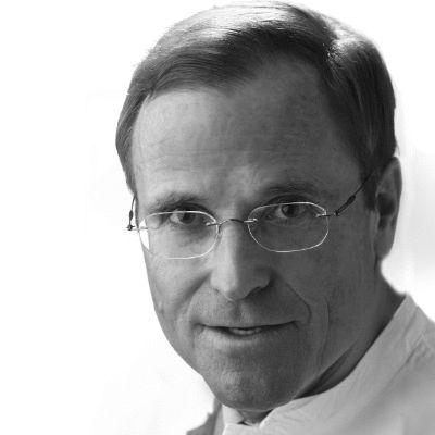 Dr. Ulrich Strunz
