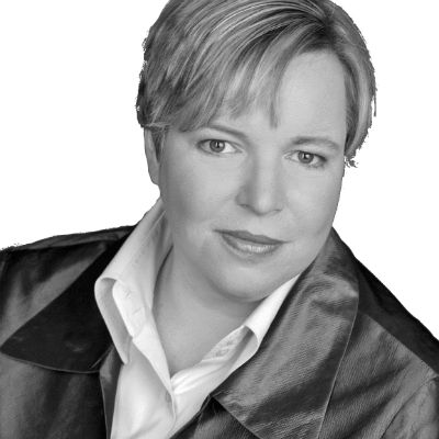 Ulrike Hinrichs Headshot