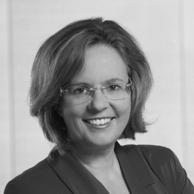 Ursula Groden-Kranich Headshot
