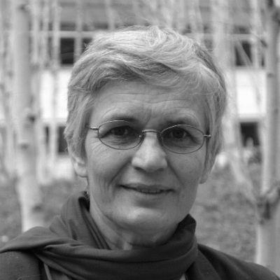 Dr. Ute Finckh-Krämer Headshot