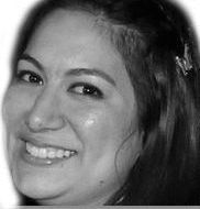 Vanessa Erazo Headshot