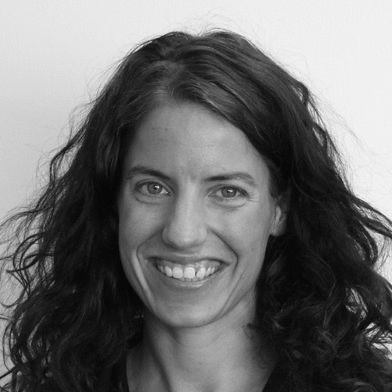 Vanessa Schwake Headshot
