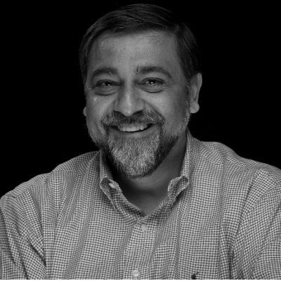 Vivek Wadhwa Headshot