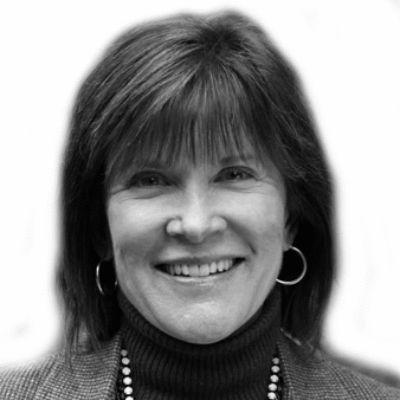 Wendy Drexler Headshot