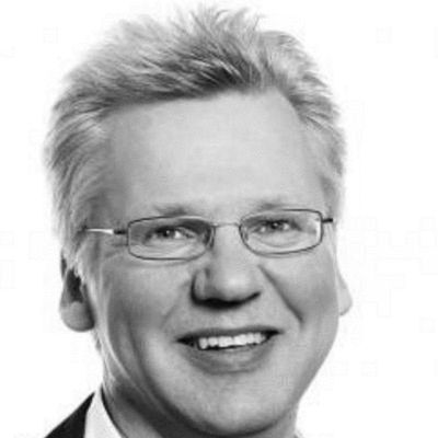 Wolfgang Zehrt Headshot