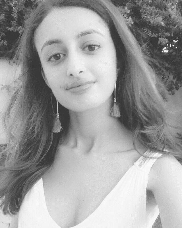 Yasmine Kassar Headshot