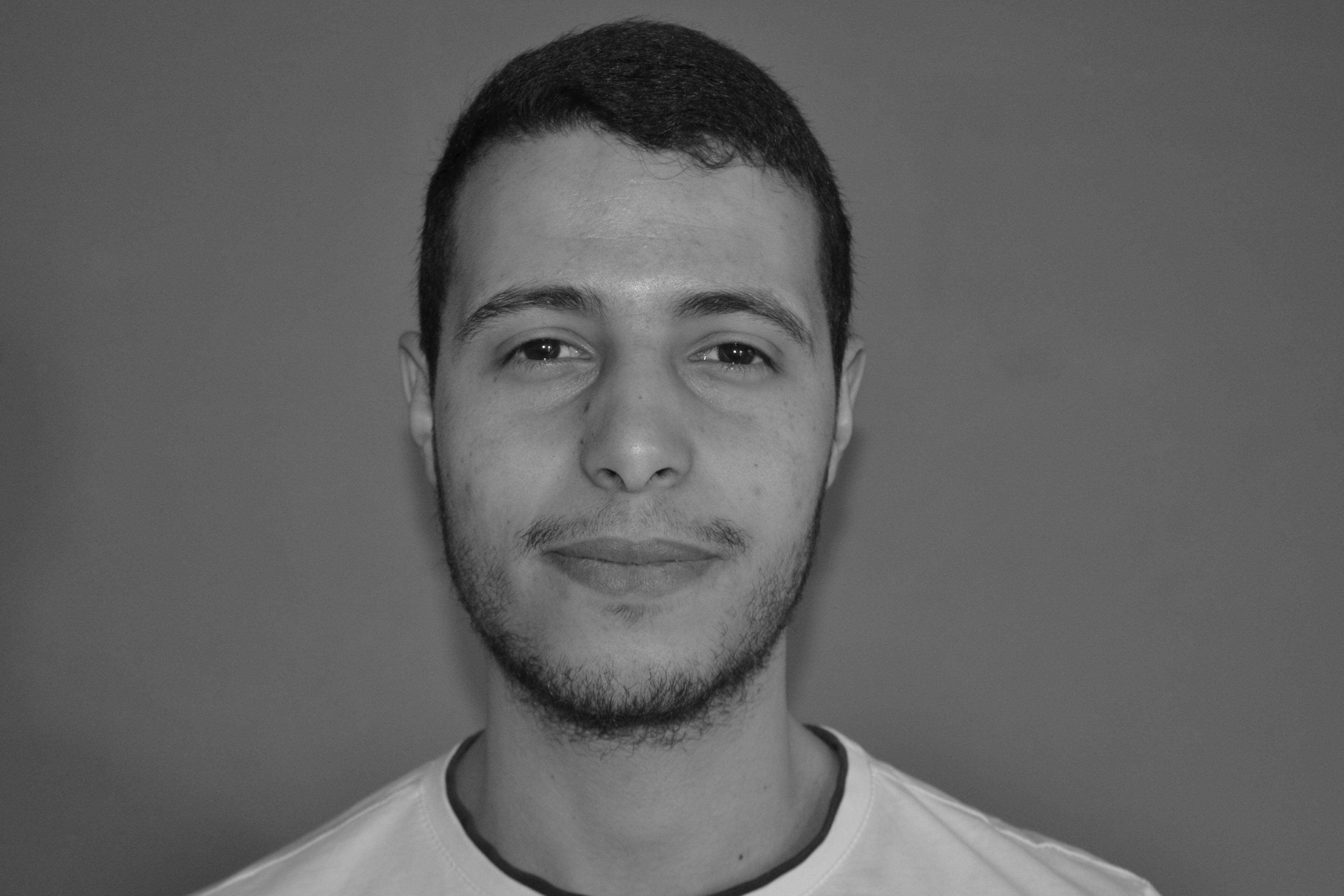 ياسين أيدي Headshot