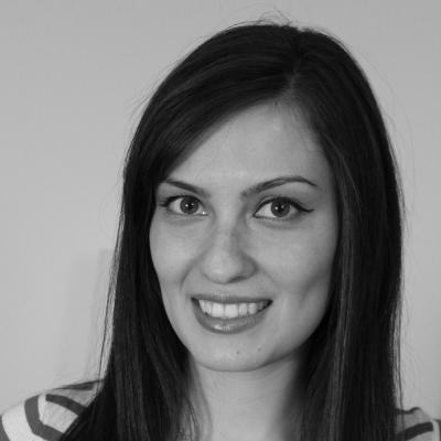 Yelena Shuster Headshot