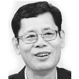 김연철 Headshot