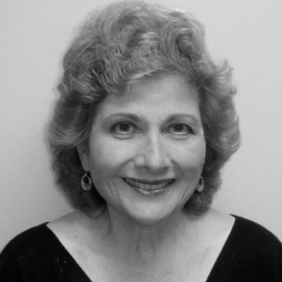 Yolanda Reid Chassiakos Headshot