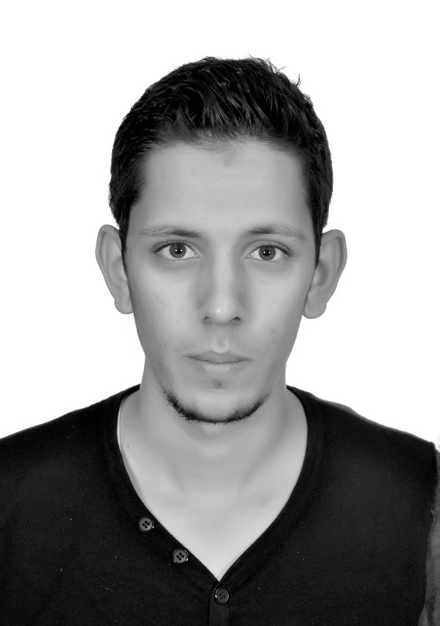 يوسف نشيط  Headshot