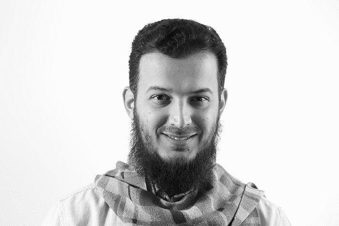 يوسف محمود صوالحة  Headshot