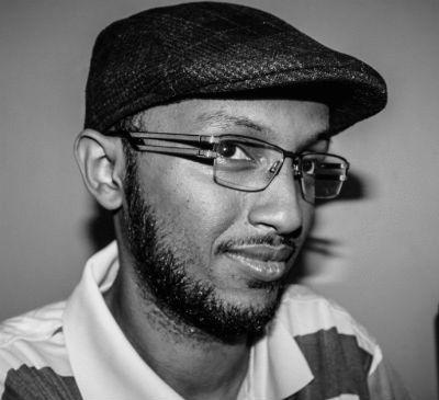 زكريا محمد علي Headshot