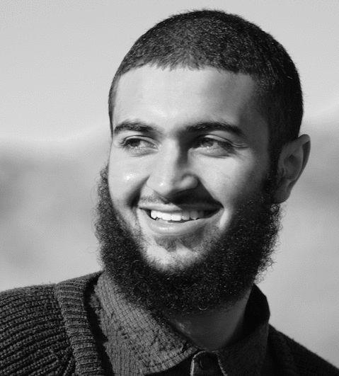 ذاكر حسين Headshot